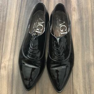 AGL patent leather pointed toe oxfords